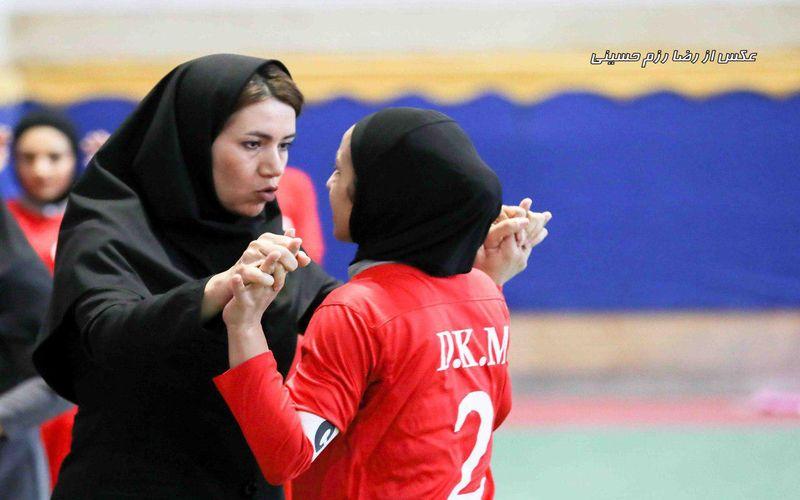 سرمربی تیم فوتسال دختران مس: این تیم برای سال های آینده بی نظیر است