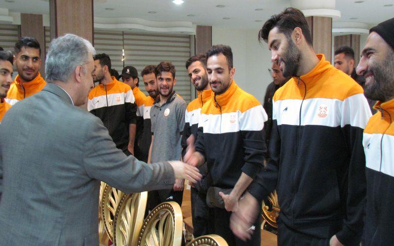 گزارش تصویری حضور مدیرعامل شرکت ملی صنایع مس در جمع بازیکنان مس کرمان