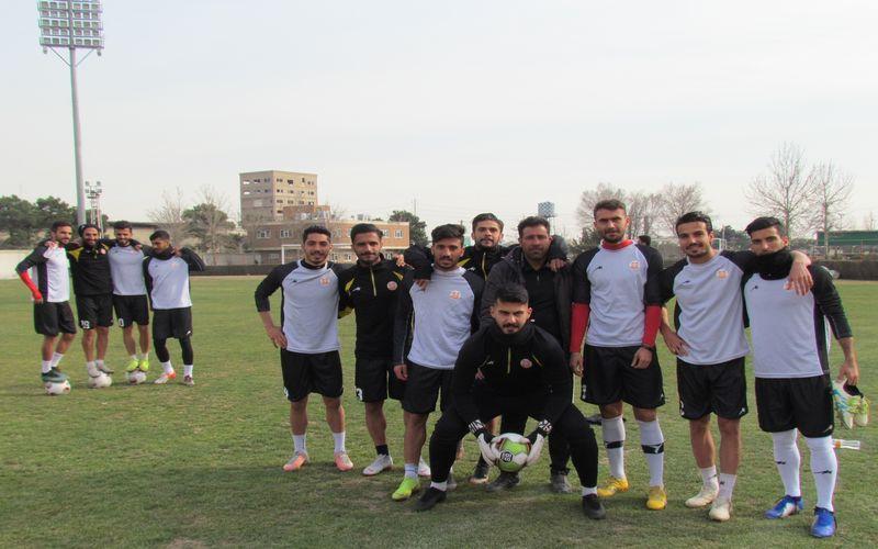 تمرینات پر نشاط و سراسر از انگیزه مسی ها برای بازی با تراکتور در تبریز(عکس)