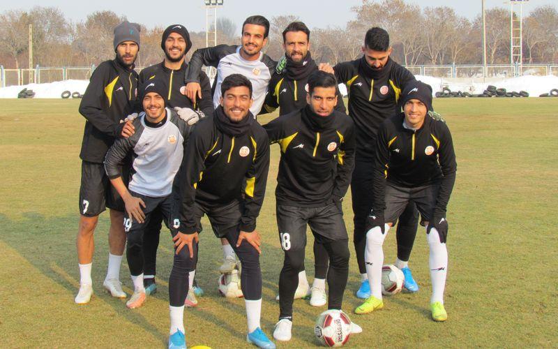 آخرین تمرین تیم فوتبال مس پیش از بازی با تراکتور در تبریز(عکس)
