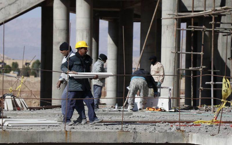 گزارش تصویری از روند ساخت ورزشگاه شهدای مس/کارگران به سرعت مشغول کار می باشند