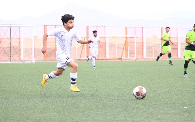 مسابقات فوتبال باقی مانده این فصل لیگ های پایه نیز انجام خواهد شد
