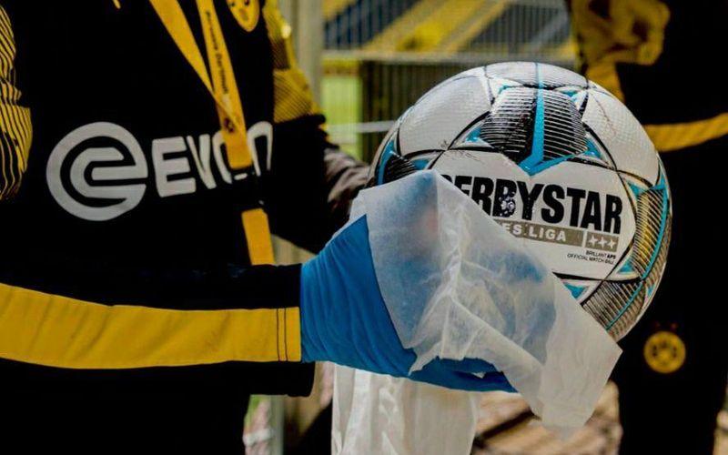 اعلام پروتکل های بهداشتی ایران برای آغاز تمرینات و مسابقات فوتبال