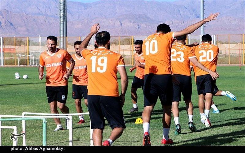 گزارش تصویری تسنیم از ادامه تمرینات تیم فوتبال مس کرمان