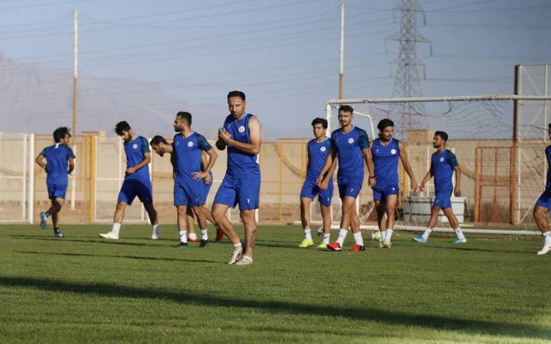 بازیکنان مس کرمان آماده برای بازی عصر فردا برابر سپیدرود(عکس)