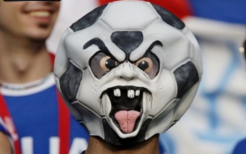 خنده به وسعت تمام لیگ یک/وقتی کثیف ترین میزبان مدعی فوتبال پاک می شود!!