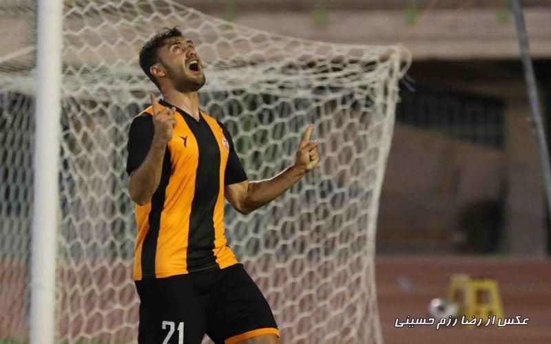 بهرام رشیدفرخی برترین بازیکن مس کرمان از نظر کاربران سایت باشگاه مس