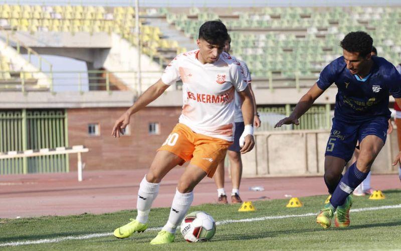 امیر طاهر پدیده این فصل تیم مس کرمان:حمایت باشگاه اجازه نمایش توانم را داد