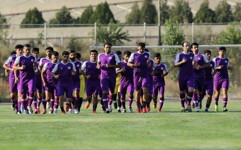 ادامه تمرینات تیم فوتبال مس کرمان برای شناخت بیشتر چهره جدید خود(گزارش تصویری)
