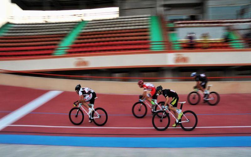 رقیبان دوچرخه سواران مس در مرحله اول لیگ برتر پیست