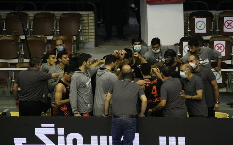 گزارش تصویری بازی بسکتبال مس کرمان و ذوب آهن