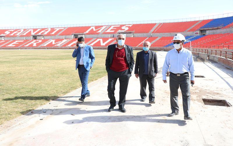 بازدید مدیران باشگاه مس کرمان از روند ساخت ورزشگاه شهدای مس(عکس)