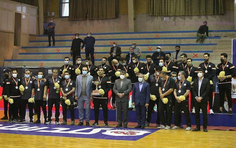 تیم هندبال مس کرمان با کسب عنوان نایب قهرمانی فصل بعد هم آسیایی است(عکس)