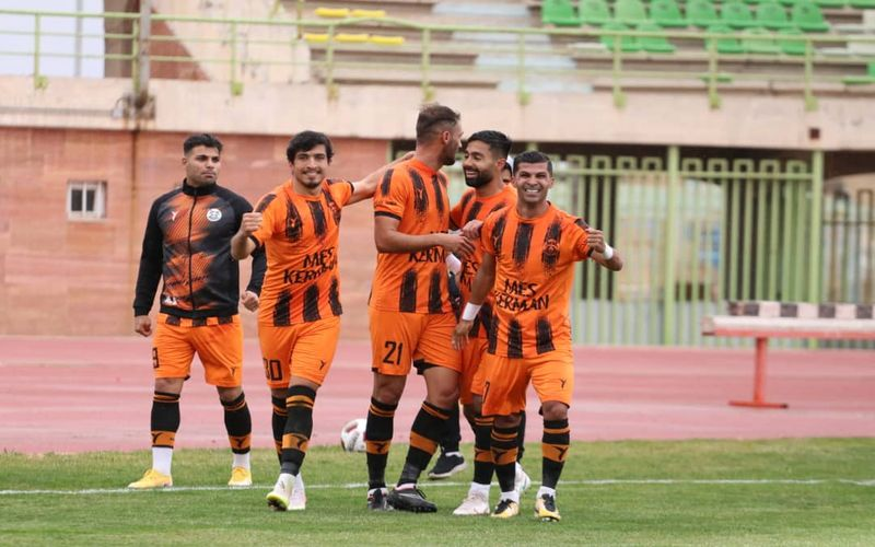 پورمحمد: با ادامه حمایت از مس کرمان صعود را در این فصل رقم می زنیم