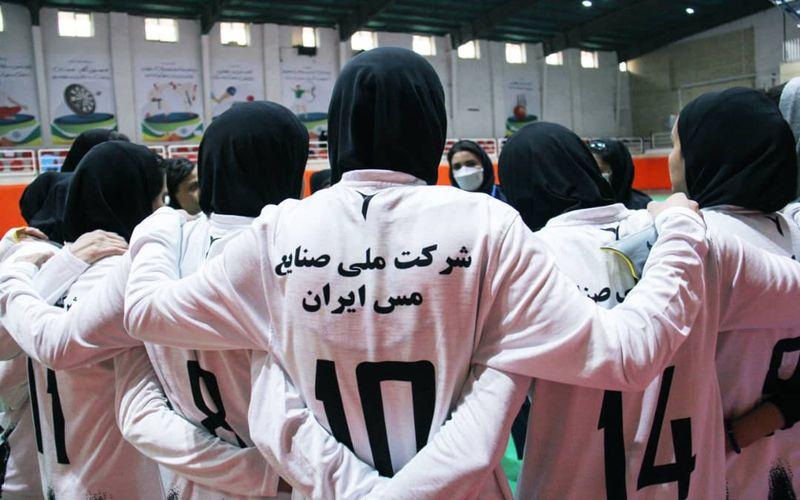 گزارش تصویری بازی دختران فوتسال مس کرمان و سایپا