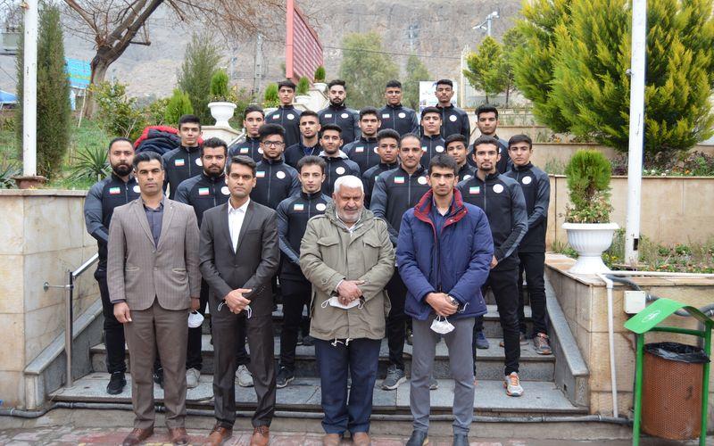 حضور تیم کاراته مس کرمان در گلزار شهدا پیش از اعزام به مسابقات لیگ برتر(عکس)