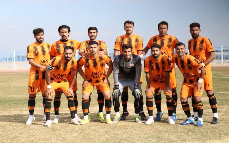 هوادار تهران 0-0 مس کرمان/غیرت مس بلندتر از سوت داور!
