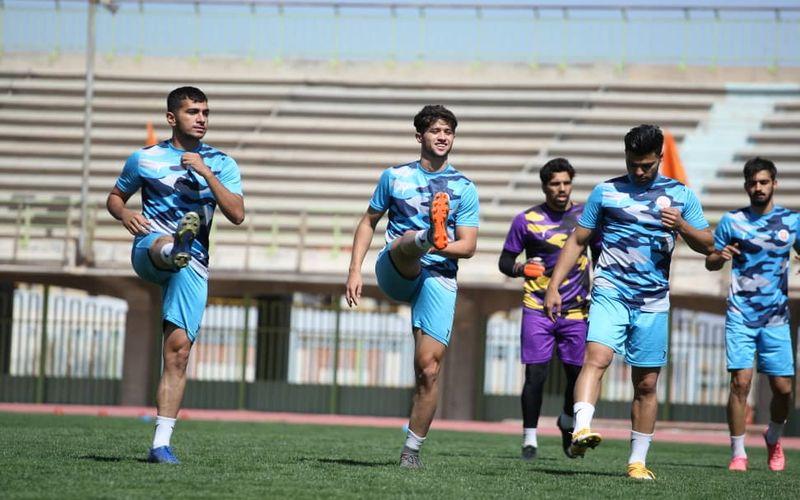 شاداب و سرحال مثل مسی های کرمانی برای بازی آخر نیم فصل(عکس)