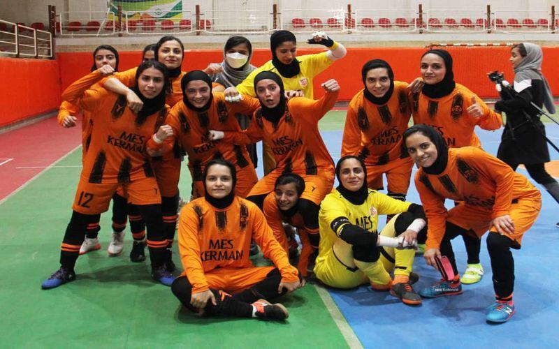 دشت اولین پیروزی برای تیم های باشگاه مس کرمان در سال 1400 توسط دختران فوتسالیست