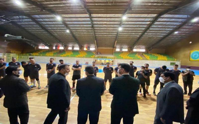 حضور رئیس فدراسیون هندبال در تمرینات مس کرمان