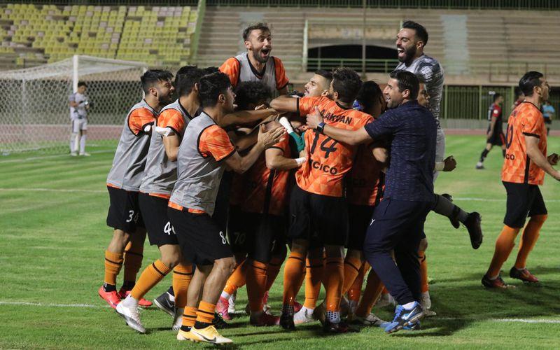 واکنش مربی مس کرمان به صحبت های مقامات تیم بادران