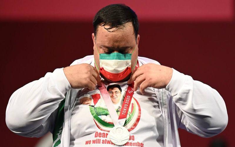 تبریک به منصور پورمیرزایی عزیز بابت کسب مدال نقره پارالمپیک توکیو