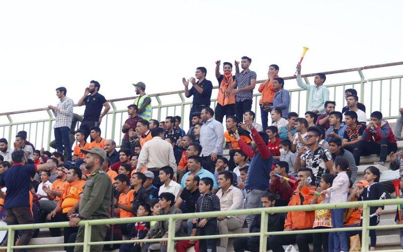 بازگشت هواداران فوتبال ایران به استادیوم ها، شاید در نیم فصل دوم