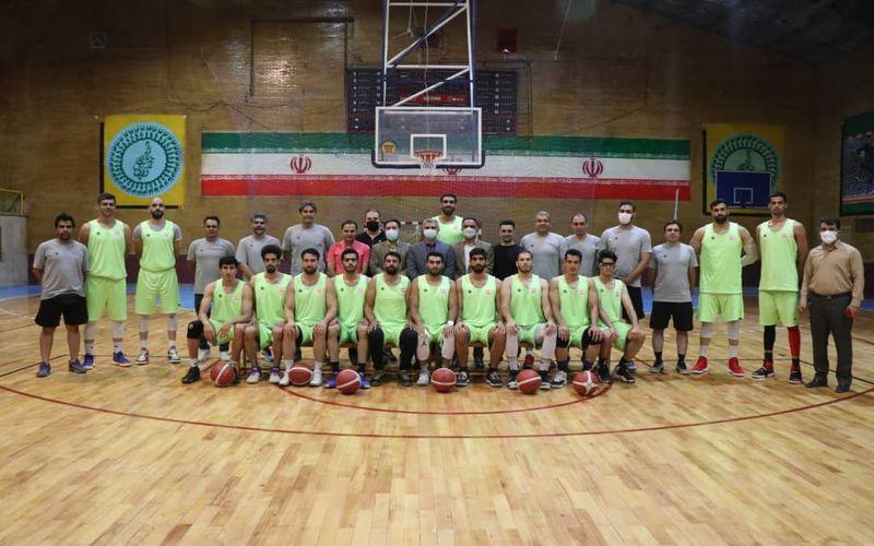 بازدید مدیریت باشگاه مس کرمان از تمرینات تیم بسکتبال(عکس)