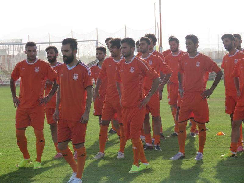 گزارش تصویری تمرینات پیش فصل تیم فوتبال مس کرمان - 9 تصویر
