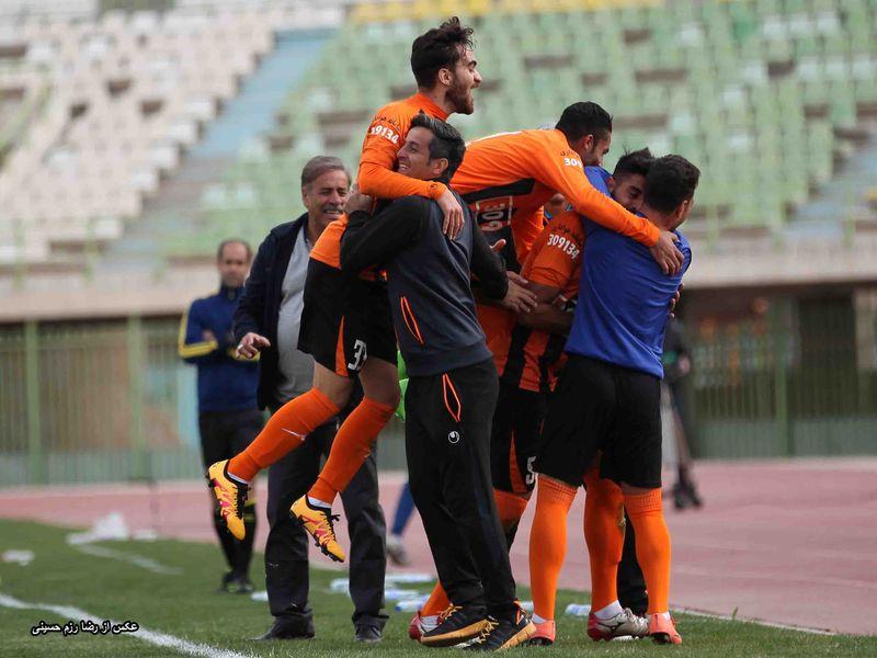 گزارش تصویری بازی مس1-0 خیبر هفته بیست و هفتم لیگ دسته اول کشور - 37 تصویر