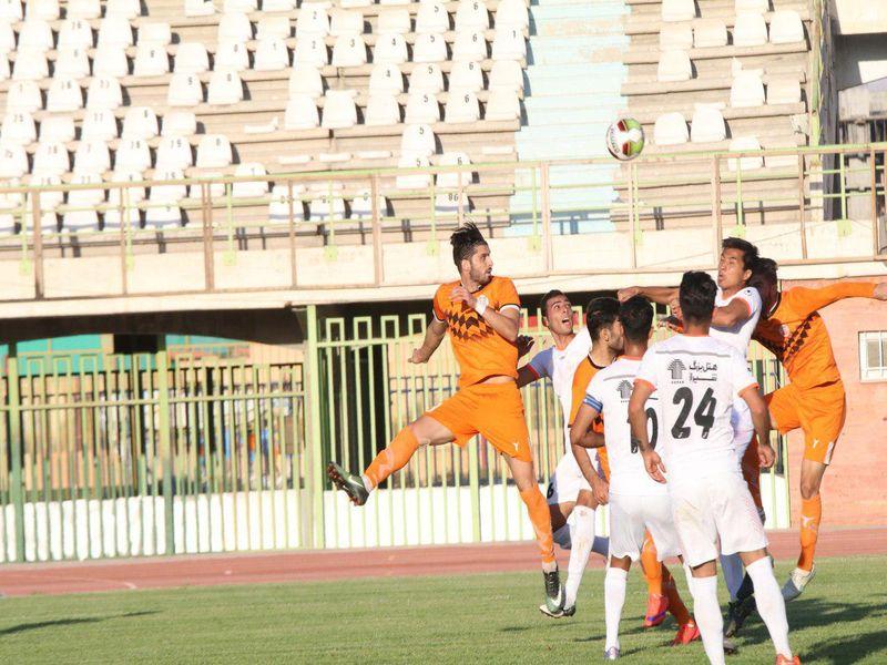 گزارش تصویری بازی تیم های مس کرمان0-0 برق جدید شیراز هفته ششم رقابت های لیگ یک - 21 تصویر
