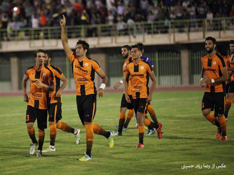 گزارش تصویری بازی مس2-0شهرداری ماهشهر هفته اول لیگ 97-98 - 22 تصویر