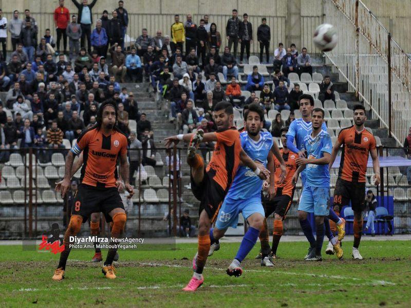 گزارش تصویری بازی ملوان1-1 مس هفته سیزدهم لیگ یک فصل 97-98 - 19 تصویر