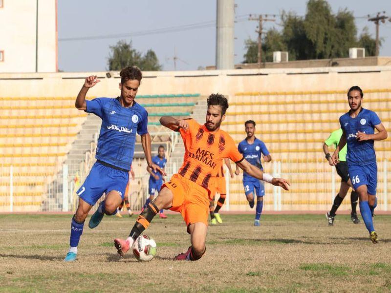 گزارش تصویری بازی استقلال ملاثانی و مس کرمان